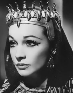 Vivien Leigh - Caesar and Cleopatra (1952 Play)                                                                                                                                                                                 More