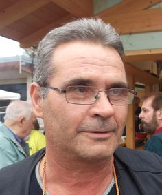 """Gianni Tomaselli, operaio, Strigno: """"Io voto sì perché di tre sindaci, giunte, consigli ne facciamo solo uno"""""""