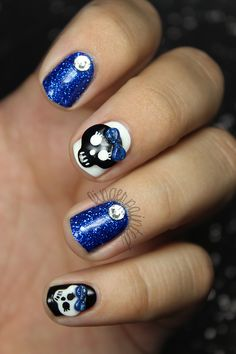 Girly Skull Nails