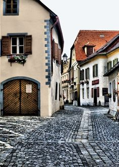 Everything in Dürnstein, Austria, from the red-tiled roofs to the baroque clock tower to the winding cobblestoned alleys, seems lifted straight from the Brothers Grimm.   (Courtesy Aryeh Goldsmith/Flickr)