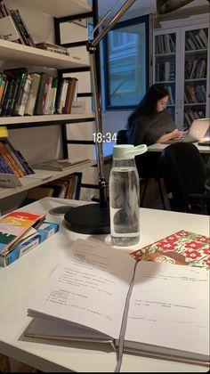 Study Organization, School Study Tips, Work Motivation, Study Space, Study Hard, School Notes, Instagram Story Ideas, Studyblr, Study Notes