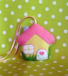Sweet home - felt little house ornament