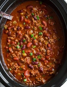 Tortellini Soup {with Beef} - Cooking Classy Slow Cooker Chili, Slow Cooker Recipes, Crockpot Recipes, Cooking Recipes, Healthy Recipes, Slow Cooking, Dinner Crockpot, Easy Cooking, Veggie Recipes