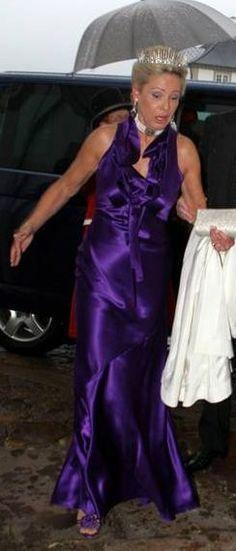 A full length image of Baroness Luel-Brockdorff in the sharp fringe tiara