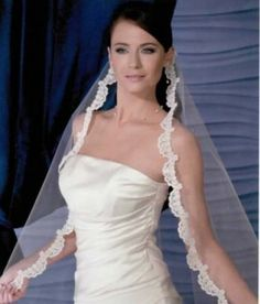 Veil Bel Aire Style V8227 $190.00