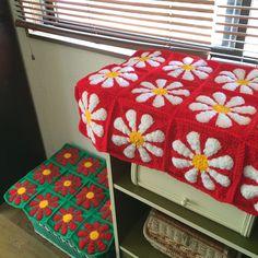 Crochet Granny, Crochet Stitches, Knit Crochet, Crochet Designs, Crochet Patterns, Retro Pop, Needle Felting, Crochet Projects, Stitch Patterns