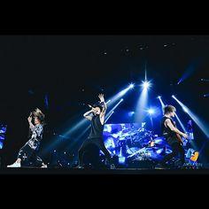 いいね!12.4千件、コメント13件 ― ONE OK ROCK WORLDさん(@oneokrockworld)のInstagramアカウント: 「_ ONE OK ROCK AMBITIONS ASIA TOUR2018 LIVE IN BANGKOK バンコクでのライブレポートと写真掲載。 _ ONE OK ROCK…」