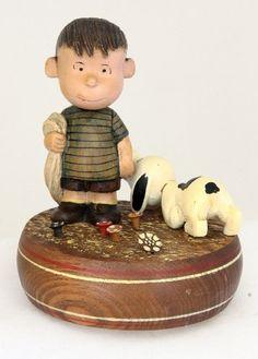Vintage Anri Peanuts Linus Snoopy Music Box Reuge http://www.amazon.com/dp/B00KET3QYO/ref=cm_sw_r_pi_dp_H25Hub1H37V2R