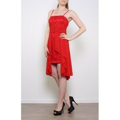 Vestido rojo corto con cola