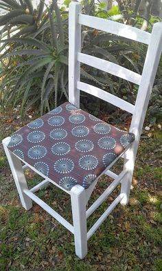 Chalk paint and upholstered Old Chair