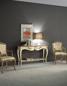 consolle Matisse 14ox39x85 laccata anche interiormente #itesoricoloniali #classico #amclassic #arredamenti #casa #homestaging #reggioemilia #consolle #legno #classic #consolle