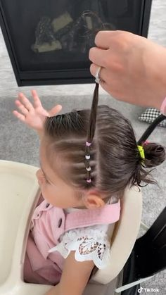 Easy Toddler Hairstyles, Easy Little Girl Hairstyles, Cute Girls Hairstyles, Toddler Hair Dos, Hairstyle For Baby Girl, Hairstyles For Children, Natural Hairstyles, Cute Hairstyles For Toddlers, Infant Hairstyles