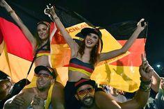 Bola.net: Galeri Suporter: Jerman vs Aljazair