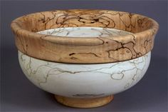 Maple Bowl This beautiful handmade bowl is created from lathe-turned Spalted Maple, and partially bleached. Handcrafted by one of the leading wood artisans working in the wood-turning technique. Wood Turning Lathe, Wood Turning Projects, Wood Lathe, Wood Projects, Lathe Projects, Router Wood, Cnc Router, Wood Turned Bowls, Wood Bowls