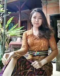 #repost  . . Kesempatan Promote..!! .  Wajib follow akun @bali_beauty1 Tag foto terbaik kalian Sertakan hastag #bali_beauty1 Akun jangan di private  . . JANGAN LUPA DI FOLLOW YA ! @bali_beauty1 @bali_beauty1 @bali_beauty1 @bali_beauty1 Pic by: @mirahmirays  #gadis #bali #cewek #beauty #beautyful #bajangbali #cantik #balinese #girls #selebgram #instagram #woman #hot #hottie  #denpasar #hits #instagood #vsco  #innerbeauty #jakarta #indonesia #bajangbali  #love #lovelife #sexy #and  #kekinian #youn Beautiful Blonde Girl, Beautiful Asian Women, Model Kebaya Modern, Bali Girls, Kebaya Bali, Myanmar Women, Batik Fashion, Indonesian Girls, Cute Asian Girls