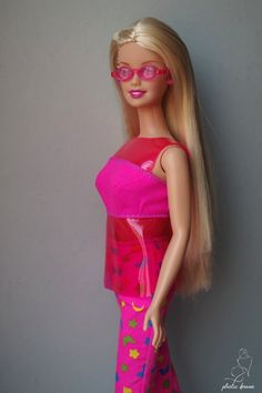 Sit In Style Barbie Doll