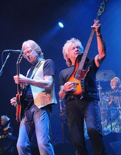 The Moody Blues Brings 'Timeless Flight – The Polydor Years' Tour to The Pearl at Palms Casino Resort May 2015 (Photo: © Scott Harrison). Justin Hayward, Nights In White Satin, Hard Rock Hotel, Rock Groups, Moody Blues, Guitar Players, Progressive Rock, Las Vegas Hotels, Music Love