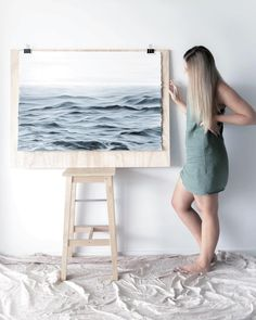 Artist Quits Day Job to Draw the Majestic Beauty of Ocean Waves Full-Time