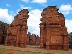 """Puerta del Templo, Ruinas Jesuíticas """" San Ignasio Argentina"""