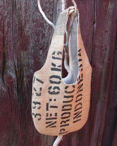 Me encanta la tela de saco con letras impresas!