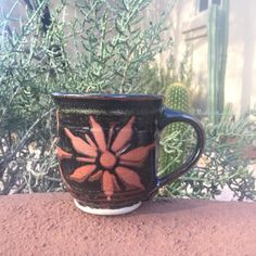 New glaze combo for my Sunburst Mug! Loving the contrast.