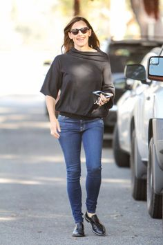 Pin for Later: 25 Photos of Jennifer Garner Looking Unbothered Since Her Breakup With Ben LA, April 2016 Jennifer Garner Elektra, Sporty, Skinny Jeans, Actresses, Brunettes, Popsugar, Breakup, Beautiful, Music
