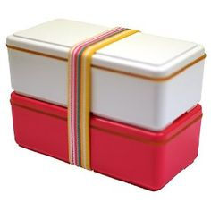Bento boxes with cooling gel packs built into the lids to keep your food fresh!