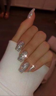 new years nails glitter ~ new years nails ; new years nails acrylic ; new years nails gel ; new years nails glitter ; new years nails dip powder ; new years nails design ; new years nails short ; new years nails coffin Cute Acrylic Nails, Cute Nails, White Acrylic Nails With Glitter, White And Silver Nails, Glitter French Tips, Pastel Nails, Black Nails, Clear Acrylic, Cat Eye Nails Polish