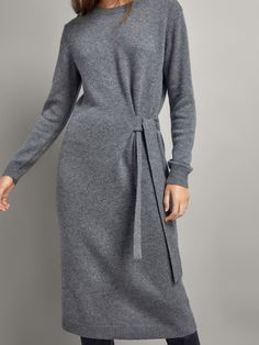 Women´s Cashmere at Massimo Dutti online. Enter now and view our spring summer 2017 Cashmere collection. Floryday Vestidos, Fashion Vestidos, Winter Dresses, Casual Dresses, Hijab Fashion, Fashion Dresses, Fashion Fashion, Cashmere Dress, Mode Chic