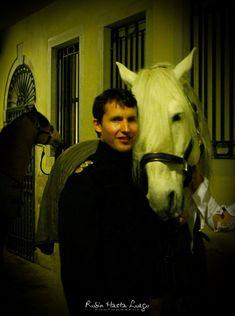 audrey_hastaluego_carnet_route_Venise James Blunt at the Gran Ballo della Cavalchina, Venice, Italy 18.02.2012 James Blunt, Dream Guy, Photo Sessions, Singer, Horses, Musicians, Lyrics, Bands, British