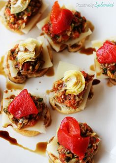 Healthy Appetizer - Roasted Red Pepper and Artichoke Tapenade Recipe. Perfect with everything from a sandwich, soup, salad, cheese and crackers to grilled chicken and fish! #lifeingredients
