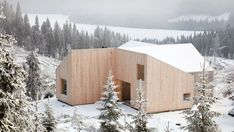 Mork-Ulnes Architects completes timber-clad house in a Norwegian forest