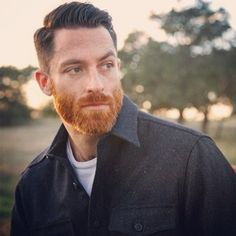 Anyone know a guy who doesn't have red hair but has red facial hair? Tag them in the picture! I've seen a lot of this lately with the beard trend and love it...they're like undercover redheads! The redhead gene is alive and kicking #redheads