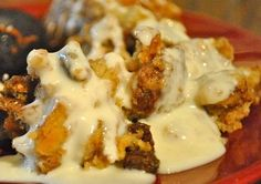 Bread Pudding recipe served at Tusker House in Animal Kingdom at Disney World Disney Desserts, Disney Food, Disney Recipes, Copycat Recipes, New Recipes, Cooking Recipes, Favorite Recipes, Recipies, Dessert Dips
