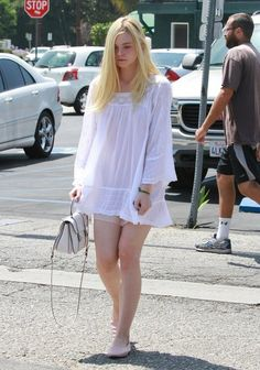 Elle Fanning Photos Photos - 'Maleficent'' actress Elle Fanning meets up with her parents Steven and Heather to enjoy brunch together on June 2014 in Los Angeles, California. Elle recently spoke about working with Angelina Jolie saying, Ellie Fanning, Dakota And Elle Fanning, Fanning Sisters, Sexy Outfits, Girl Outfits, Fashion Outfits, Sheer Underwear, Girly, Pinterest Fashion
