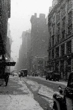 west 22nd street, falling snow, nyc, 1958  photo by david vestal