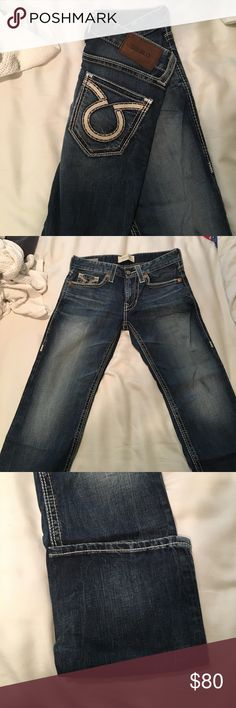 Perfect condition big star union reg straight Barely warn big star unions, buckle exclusive, more of a mid wash with the triple stitch down the leg with tan and white stitch. All buttons and rivers intact. They just don't fit me anymore.. 28r (28x32) Big Star Jeans Straight