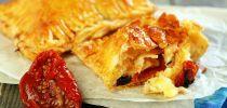 Peynirli Milföy Çubukları Tarifi, Nasıl Yapılır? - Yemek.com