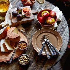 Le temps plus que parfait Pottery Barn, Plus Que Parfait, Fruit Cookies, Charcuterie Platter, Blonde Wood, Wood Pedestal, Stoneware Dinnerware, Grazing Tables, Dessert Spoons
