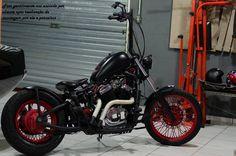 Yamaha Virago, Bobber Bikes, Vintage Motorcycles, Old School, Vehicles, Wheels, Lifestyle, Inspiration, Motorbikes