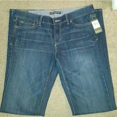 Eddie Bauer jeans Size 6 *Offers welcome* New Ladies' EDDIE BAUER JEANS, Size 6, INSEAM 33 #eddiebauer #jeans #bottoms #newjeans #nwt Eddie Bauer Jeans