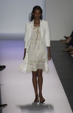 Tommy Hilfiger at New York Fashion Week Spring 2003 - Runway Photos Liya Kebede, Casual Wear, Tommy Hilfiger, Kids Fashion, Runway, White Dress, York, Spring, Beach