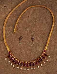 Fulfill a Wedding Tradition with Estate Bridal Jewelry Gold Necklace Simple, Gold Jewelry Simple, Silver Necklaces, Pretty Necklaces, Silver Rings, Antique Necklace, Trendy Jewelry, Gold Ring, Antique Jewelry