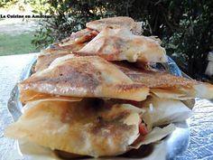 La meilleure recette de Feuilles de brick lardon, poivron oignon et mozzarella! L'essayer, c'est l'adopter! 5.0/5 (1 vote), 1 Commentaires. Ingrédients: 1 paquet de Feuilles de brick 1/2 poivron vert 1/2 poivron rouge Des lardons 1 oignon 1boule de mozzarella Cumin  Sel Poivre