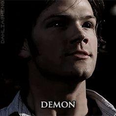 Jared Padalecki as Sam Winchester Supernatural Sam Winchester, Supernatural Gifs, Bottom Dean, Jared Padalecki, Destiel, Doctor Who, Demons, Fictional Characters, Monsters