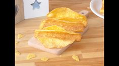 Make your own taco shells from scratch with only 3 ingredients and add your favorite seasonings. Crispy and very tasty these homemade taco shells are great for parties. You can fill them up with gr… Homemade Taco Shells, Homemade Tacos, Brunch Recipes, Snack Recipes, Dessert Recipes, Snacks, Savoury Baking, Baking Breads, Crispy Tacos