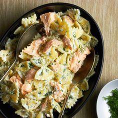 Salmon and lemon-ricotta pasta - food - Pasta Rezepte Salmon Pasta Recipes, Smoked Salmon Pasta, Seafood Recipes, Dinner Recipes, Cooking Recipes, Healthy Recipes, Dinner Ideas, Cream Cheese Pasta, Ricotta Pasta