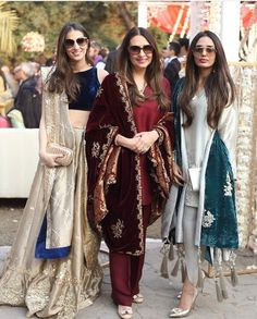 Love these outfits Pakistani Formal Dresses, Pakistani Wedding Outfits, Pakistani Dress Design, Indian Attire, Indian Ethnic Wear, Indian Outfits, Indian Dresses, Desi Clothes, Indian Designer Outfits