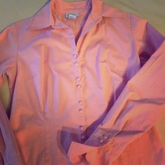🌸$8 Ann Taylor Loft Shirt Ann Taylor Loft coral button down tailored shirt with dainty button detail. Perfect for the office for Spring or Summer. EUC, no stains, no rips. Dry cleaned. 96% polyester, 4% spandex (slight stretch for comfy fit). Last photo is styling suggestion, similar fit but darker coral. Photo cred: Pinterest. Ann Taylor Tops Button Down Shirts