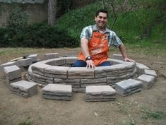 Stacking blocks for fire pit
